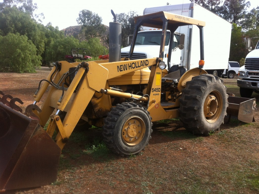 New Holland Tractor Ford 545D
